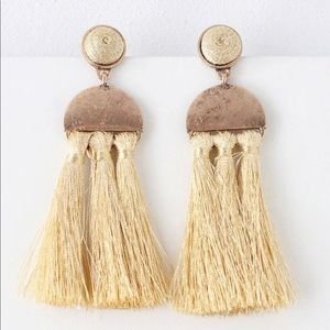 Lulus Cassandre Gold Tassel Earrings
